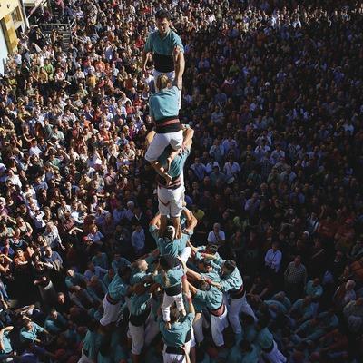 Castellers en la Fiesta Mayor.