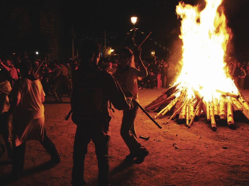 Festa de les falles d'Isil  (Lluís Carro)