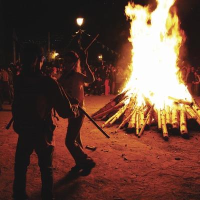 Fiesta de las Fallas de Isil.  (Lluís Carro)