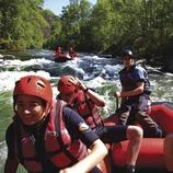 Rafting en el río Noguera Pallaresa cerca de Rialp.  (Lluís Carro)