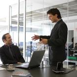 Ejecutivos en una reunión.  (Lluís Carro)