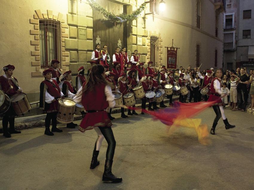 Lutte médiévale pendant la fête de la Renaissance (Oriol Llauradó)