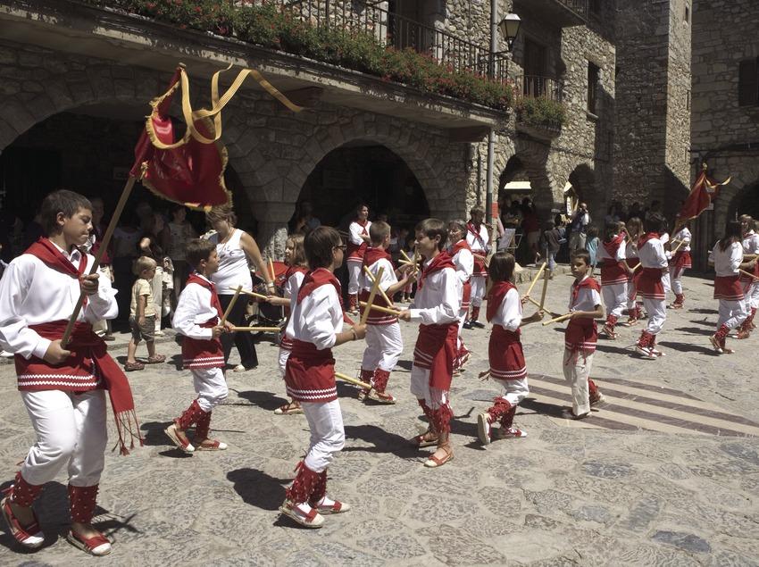«Bastoners» (bâtonniers) à la feria de Sant Llorenç