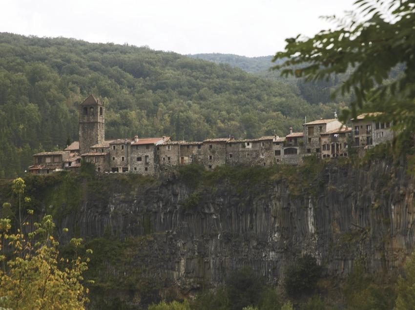 Cantera de basalto. Visita a Castellfollit de la Roca. Workshop Pirineus 2008