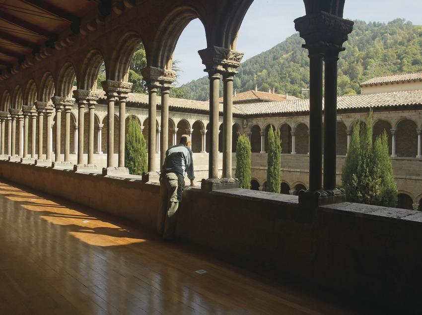 Visita al monasterioo de Ripoll. Primer piso del claustro. Workshop Pirineus 2008