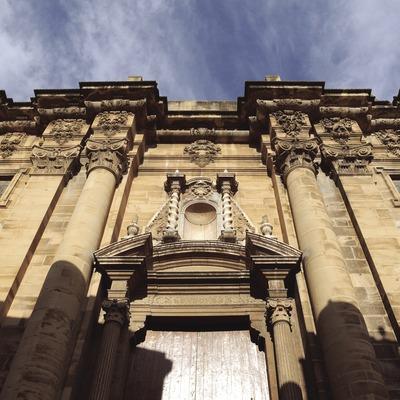 Façade de la cathédrale Santa Maria
