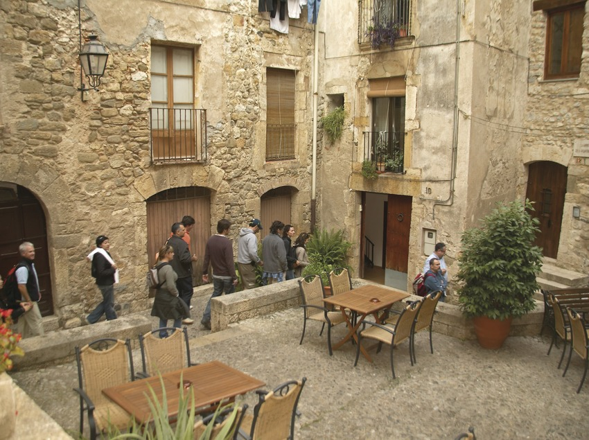 Carrer del casc antic la vila. Workshop Pirineus 2008  (Cablepress)