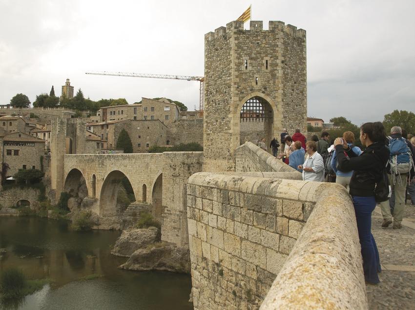 Puente medieval. Workshop Pirineus 2008  (Cablepress)
