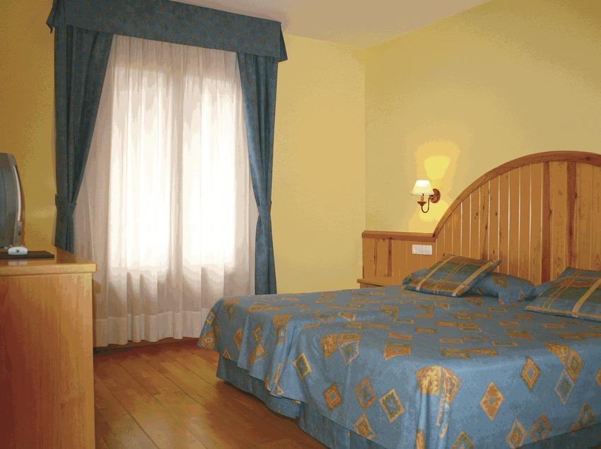 Habitació de l'hotel Estanys Blaus   (Imatge cedida per l'hotel Estanys Blaus)