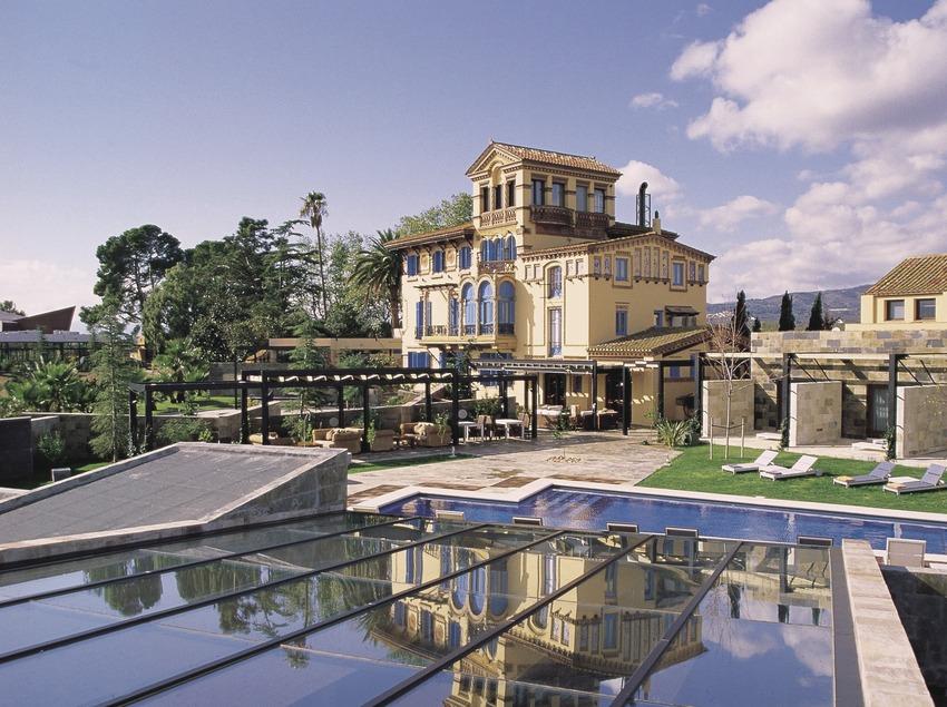 Façana de l'hotel Mas Passamaner   (Imatge cedida per l'hotel Mas Passamaner)