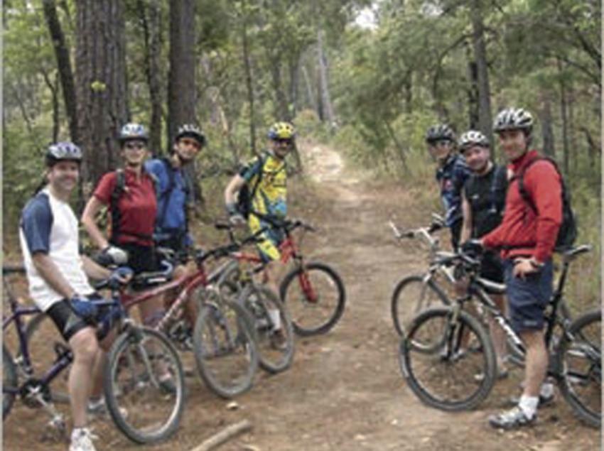 Bicicleta de muntanya   (Foto-tècnia fotògrafs)
