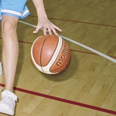 Bàsquet al Poliesportiu Municipal   (Foto-tècnia fotògrafs)