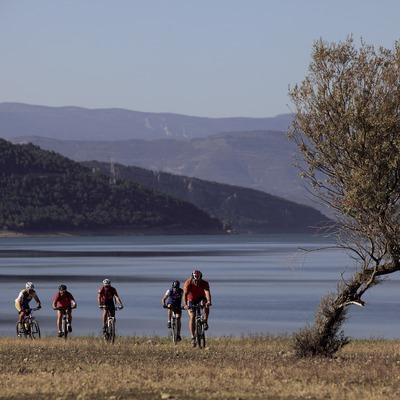 Маршрут для горного велосипеда Пальярс-Жусса у водохранилища Таларн