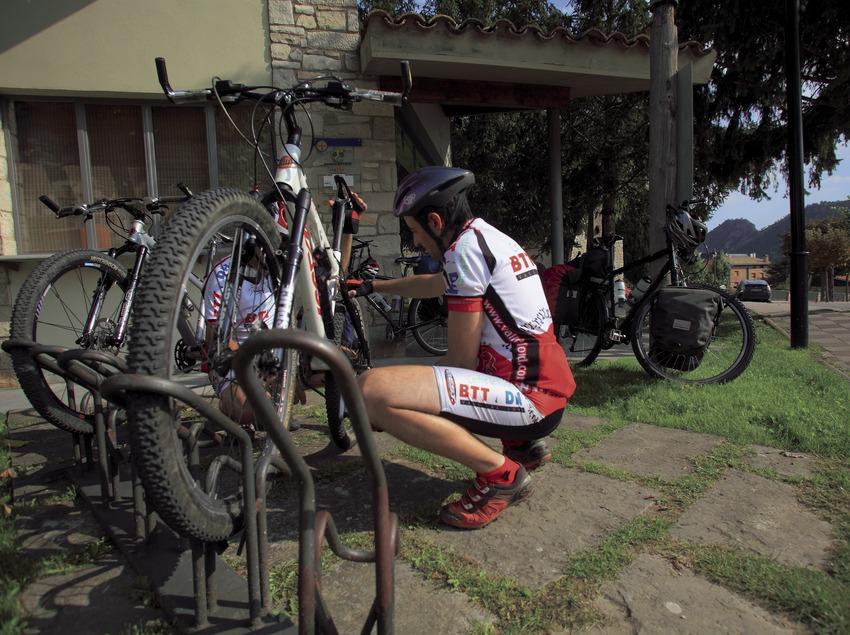 Справочный пункт Центра велотуризма и маунтинбайка Сольсонес— Валь-де-Лорд (Cablepress)