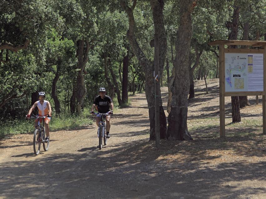 Siguiendo las rutas del Centro BTT del Gironès (Cablepress)