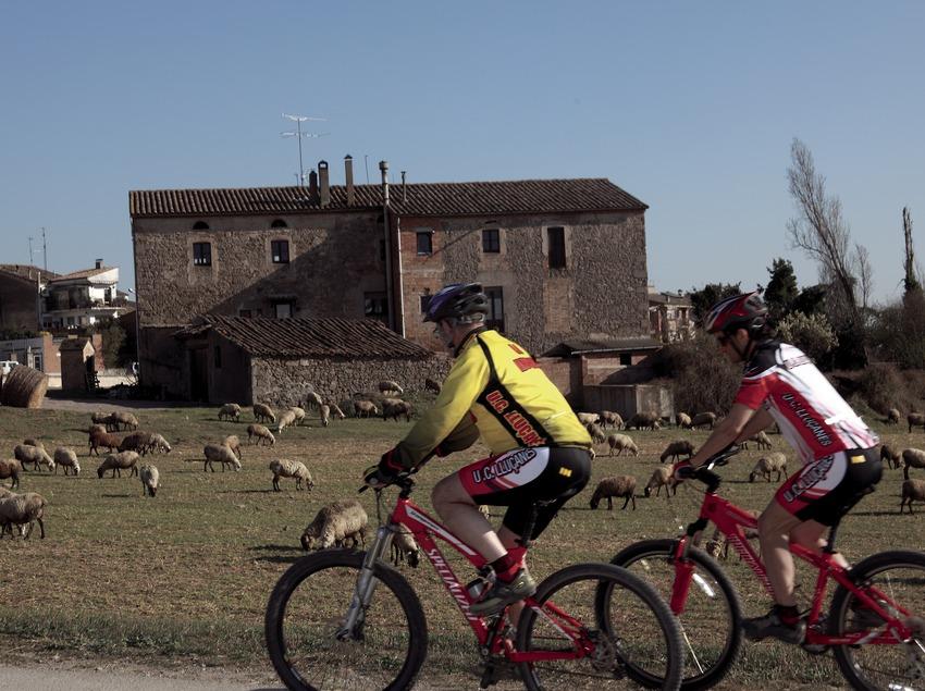 Маршрут для горного велосипеда по округу Льюсанес (Cablepress)