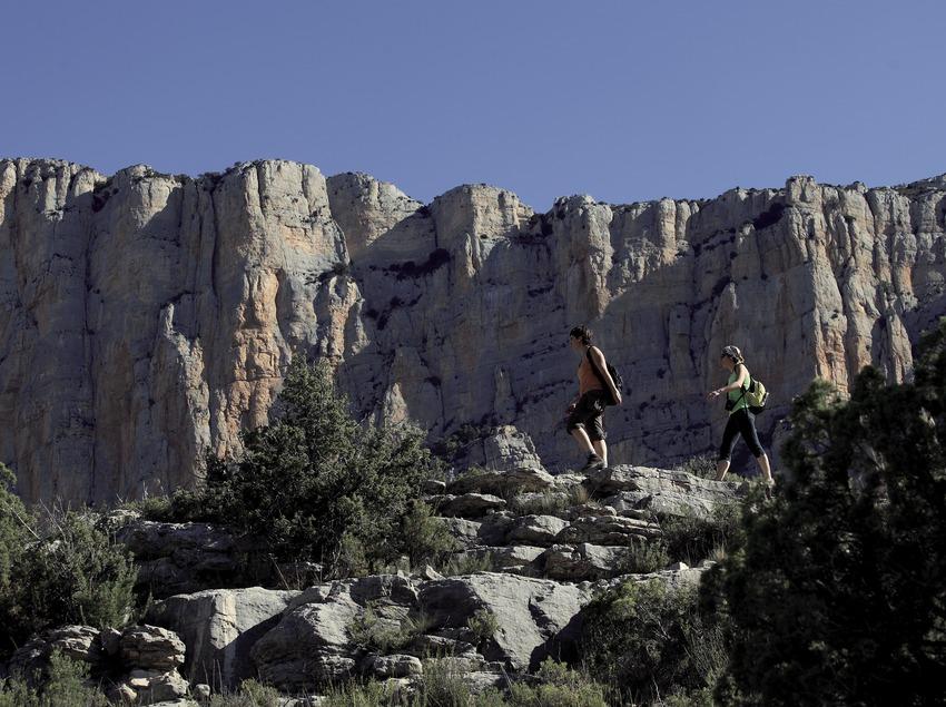 Trekking en el desfiladero de Mont-rebei (Cablepress)