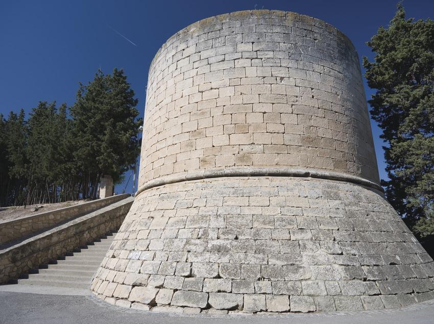 Замок герцогов Кардонских (Nano Cañas)
