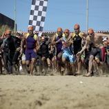 Départ de la course sur la plage du Fòrum pendant le triathlon de Barcelone (Cablepress)