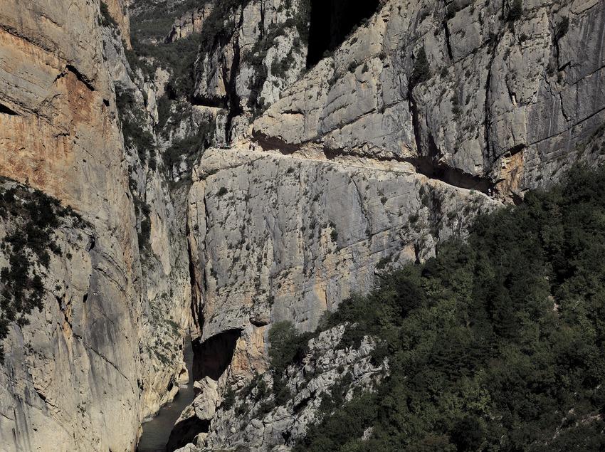 Trekking in der Schlucht von Mont-rebei (Cablepress)