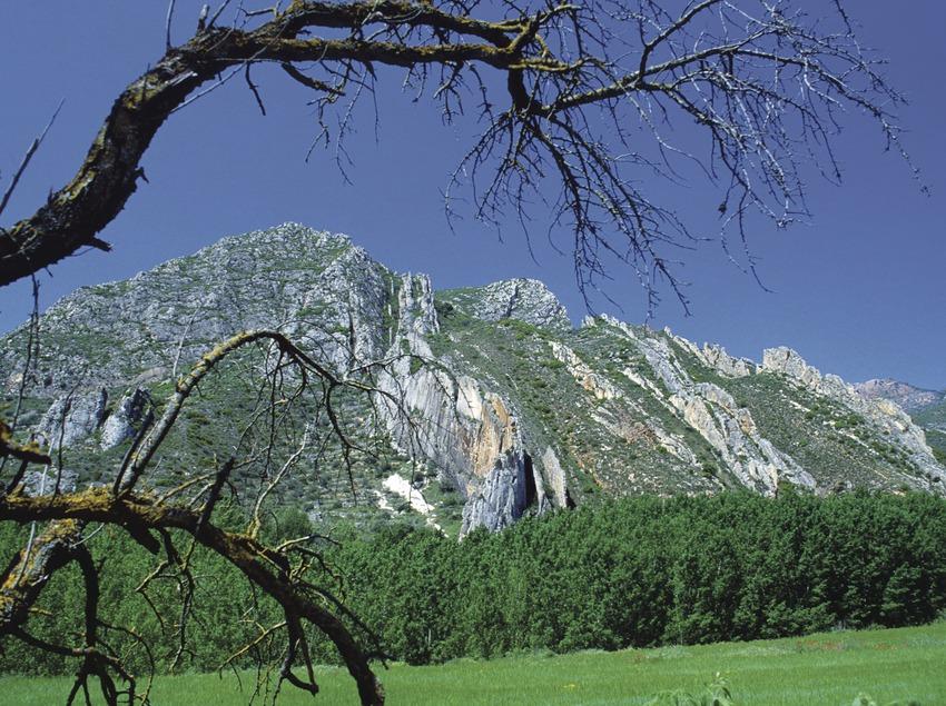 Berge der Sierra del Montsec