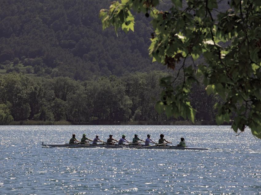 Rem a l'estany de Banyoles (Cablepress)