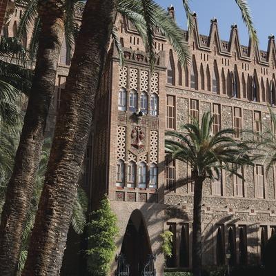 Col·legi de les Teresianes d'Antoni Gaudí (Juan José Pascual)