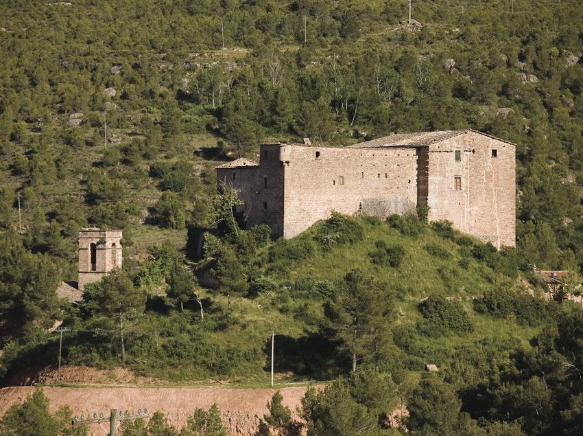 Rajadell, église et château (Juan José Pascual)
