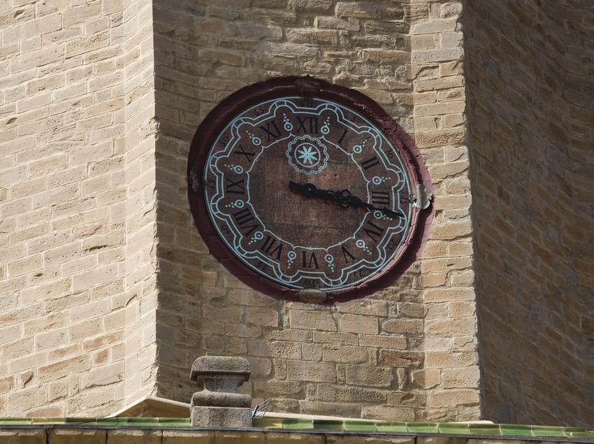 Cervera. Reloj de la torre de la colegiata de Santa Maria (Juan José Pascual)