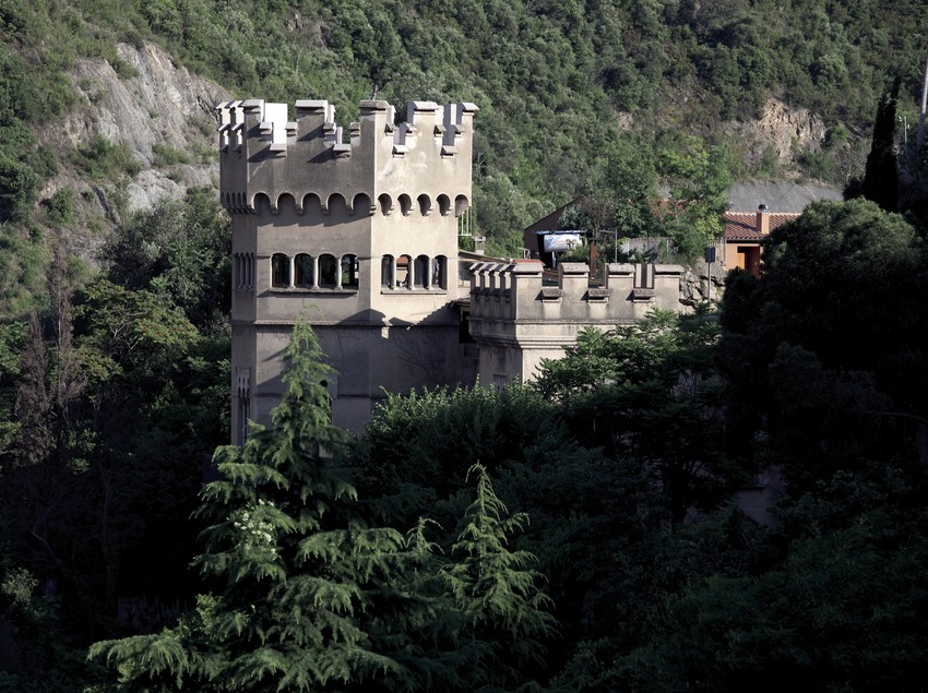 Башня замка в Фигаро-Монтмань (Juan José Pascual)