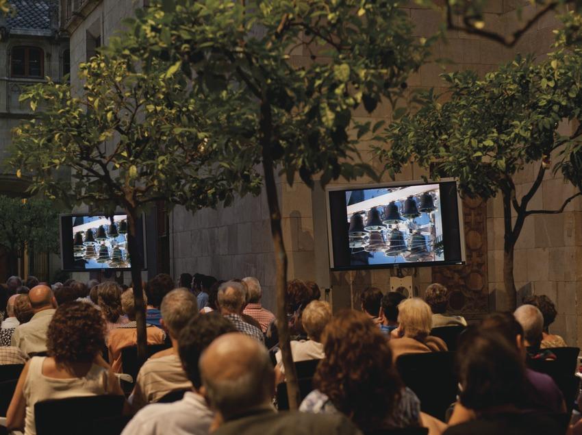 Festival de Carilló. Palau de la Generalitat, carillón, patio de los naranjos, público (Marc Castellet Puig)