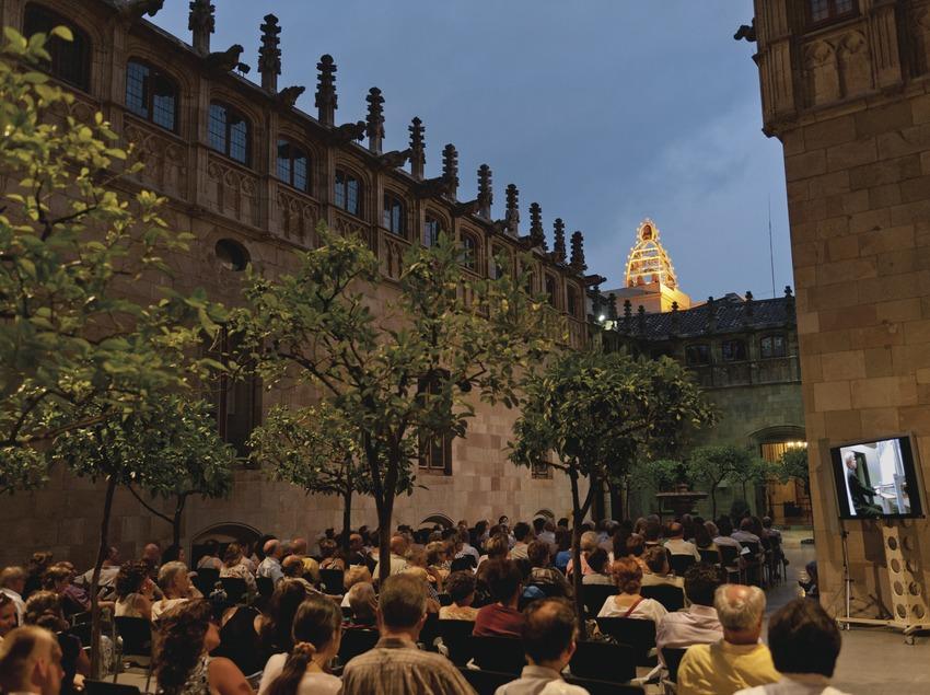FESTIVAL DE CARILLÓ_PALAU DE LA GENERALITAT, CARILLÓ, PATI DELS TARONGERS, PÚBLIC (Marc Castellet Puig)
