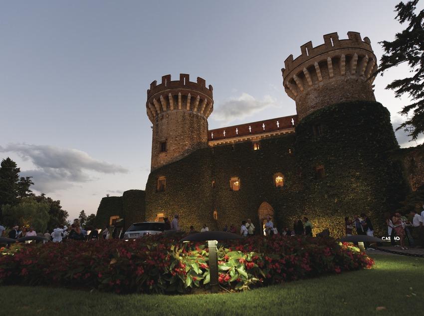 Festival Castell de Peralada. Castillo, jardines, rótulos