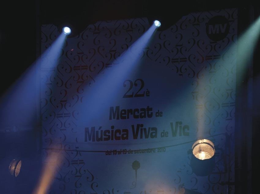 Mercat de la Música viva de Vic. Escenario, logo festival (Marc Castellet Puig)