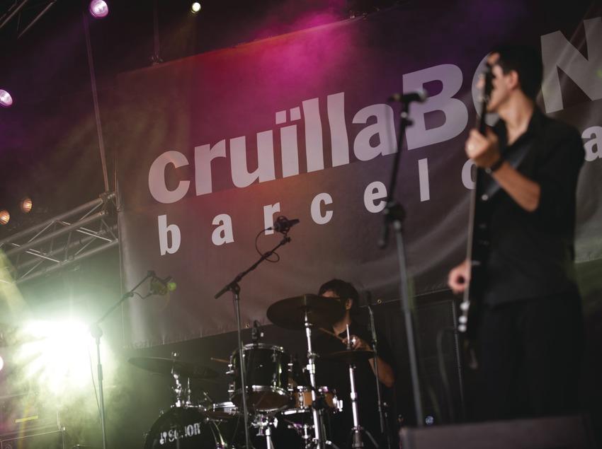 Festival Cruïlla BCN. Fòrum, músicos, logo festival (Marc Castellet Puig)