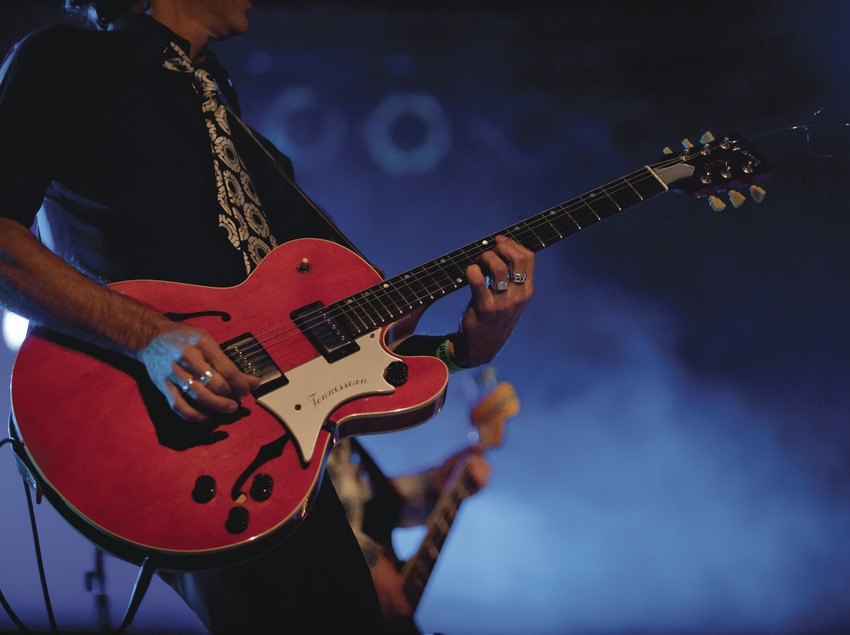Blues Cerdanyola. Guitarra, bajo, Justo y los Pecadores (CAT) (Marc Castellet Puig)