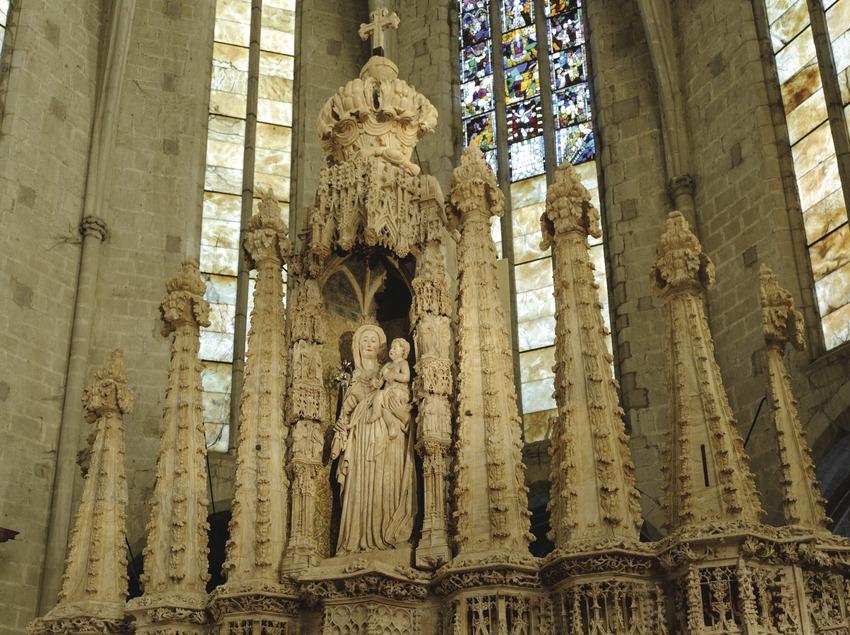 Festival Terra de Trobadors. Interior de la basílica de Santa Maria. Retaule d'alabastre dedicat a la Verge de la Candelera (s. XV)