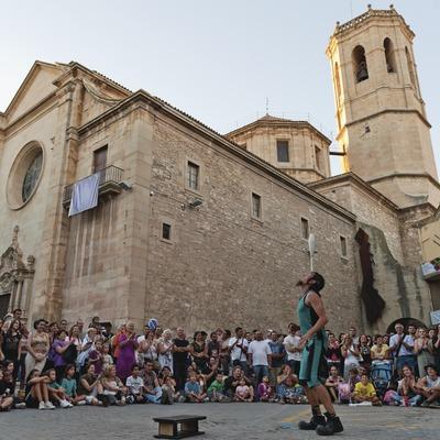 FIRATÀRREGA-TEATRE AL CARRER_PÚBLIC, ARTISTA, PLAÇA MAJOR, ESGLÉSIA SANT ANTONI (Marc Castellet Puig)