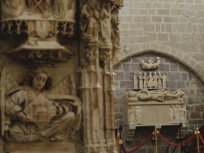 Festival Terra de Trobadors. Castelló d'Empúries, tumba de Ponç Hug V de Empúries (1290-1322), retablo (fragmento), basílica Santa Maria