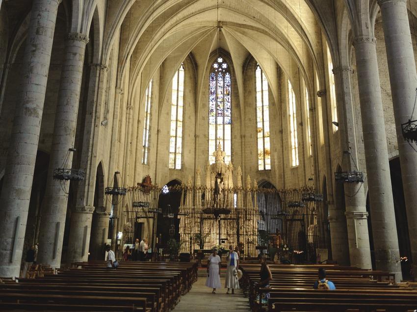 Festival Terra de Trobadors. Interior de la basílica de Santa Maria