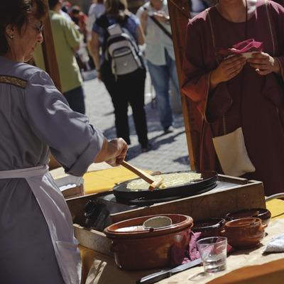 Festival Terra de Trobadors. Mercat medieval. Creps