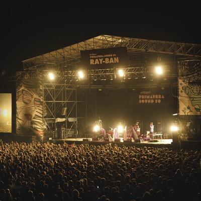 Primavera Sound Barcelona. Fòrum, artista (Coco Rosie), público, escenario (Marc Castellet Puig)