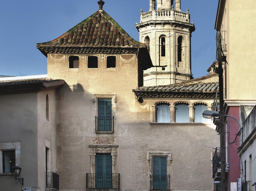 El Vendrell. Carrers del poble i església  (Consorci de Viles Termals)