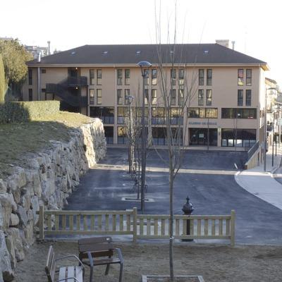 Berga. Exterior del albergue   (Xanascat)