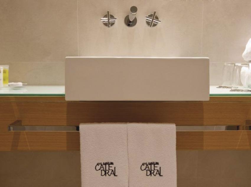 Barcelona. Instalaciones del Hotel Barcelona Catedral   (Hotel Barcelona Catedral)