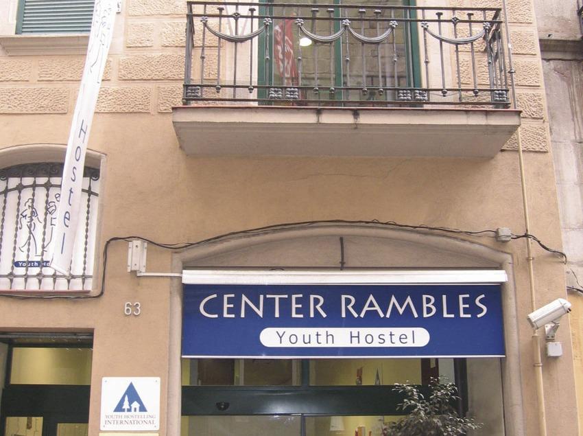 Barcelona. Fachada del Alberg Rambles Centre   (Xanascat)