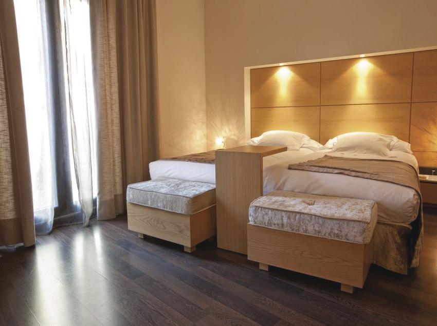 Barcelona. Habitación del Hotel Barcelona Catedral   (Hotel Barcelona Catedral)
