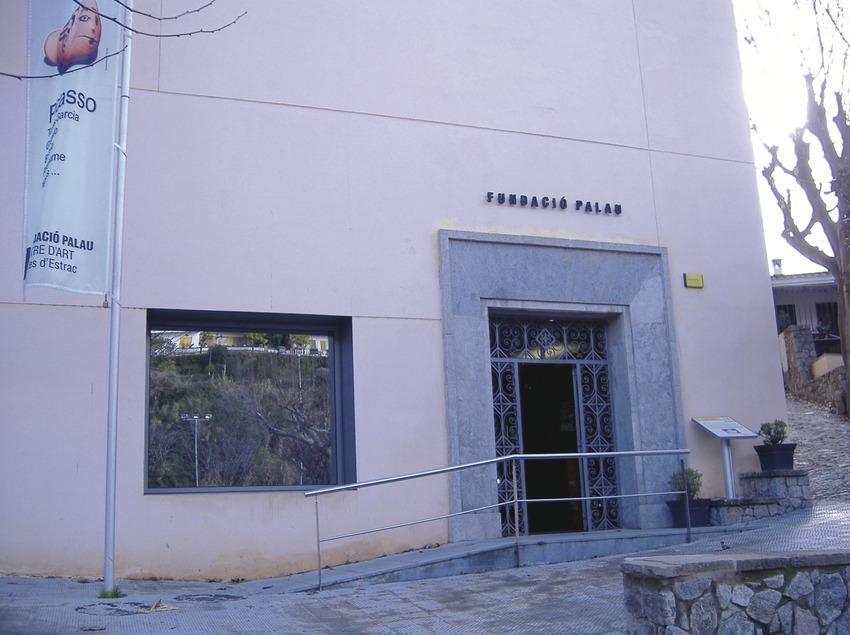 Caldes d'Estrac. Entrada de la Fundació Palau   (Ajuntament de Caldes d'Estrac)