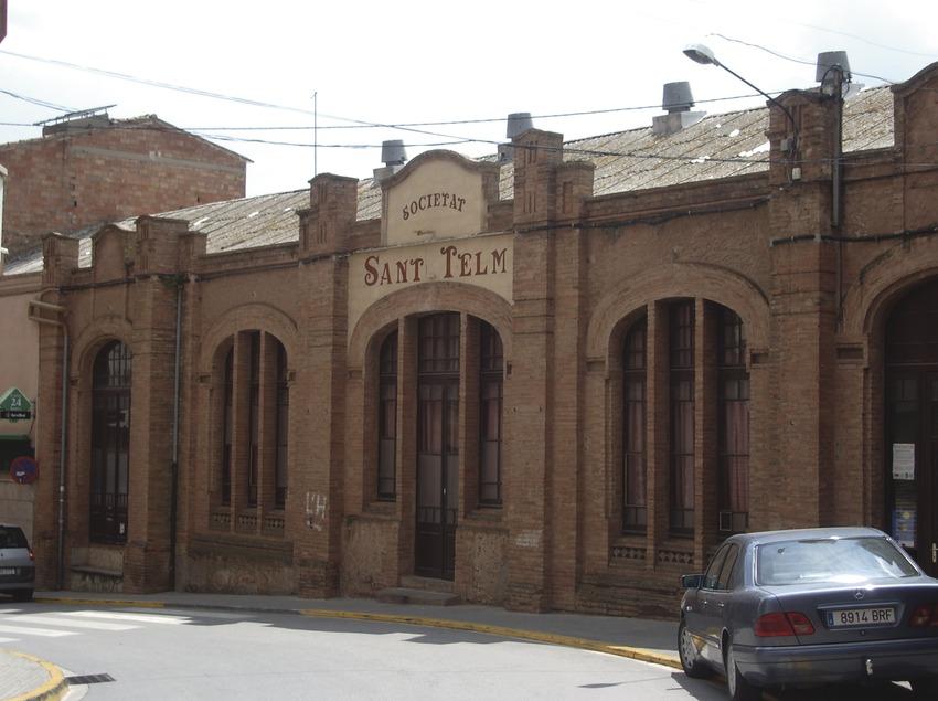 Costa de Barcelona. Sant Telm, edificio modernista de Corbera de Llobregat   (Ajuntament de Corbera de Llobregat)