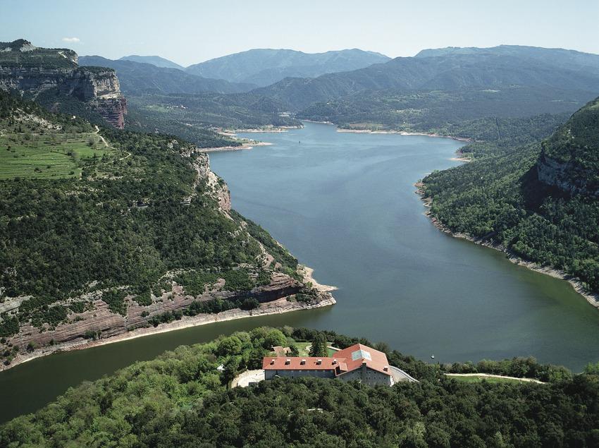 Catalunya Central. Parador de Vic-Sau. Vista aérea de la fachada   (Paradores de Turismo de España)